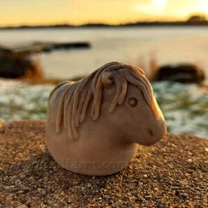 Little Pony (Beige)
