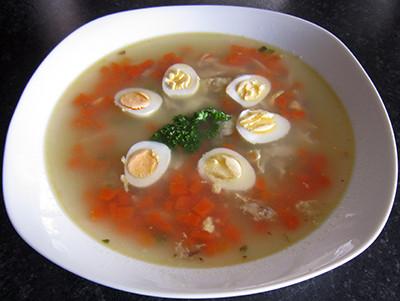 Simple quail egg soup